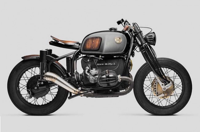 BMW R75/5 Klasik Rasa Bobber di Tangan South Garage