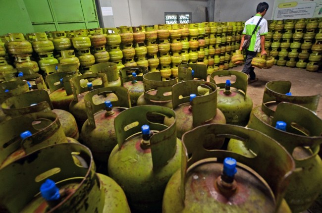 Govt to Apply Closed LPG Distribution Next Year