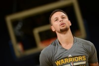 Stephen Curry Tegaskan Tak Ingin Hengkang dari Warriors
