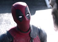 Ryan Reynolds Bantah Deadpool Muncul di Film Logan
