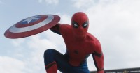 Tom Holland Benarkan Spider-Man Tampil di Avengers: Infinity War