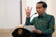 Jokowi Discusses Legal Policy Package