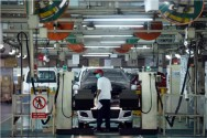 Indonesian Car Sales Will Grow 3-5% in 2017: Toyota