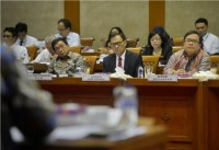 Govt to Maintain Food Prices