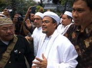 FPI Leader Answers Jakarta Metro Police Summons