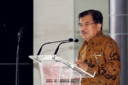 Jokowi & SBY Could Meet After Simultaneous Regional Elections: Kalla