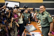 General Gatot Receives Australian Army Chief