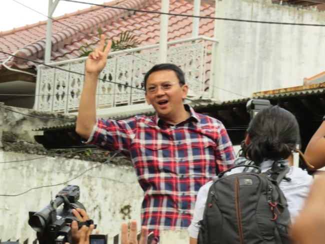 Ahok Thanks Volunteers