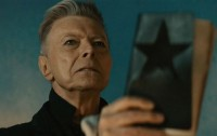 Blackstar Milik David Bowie Raih Penghargaan Album Terbaik di BRIT Awards