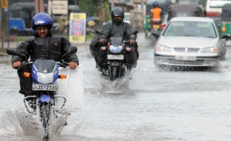 Riding Motorcycle During Wet Condition