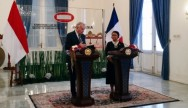 Retno, French FM Discuss Counterterrorism Cooperation