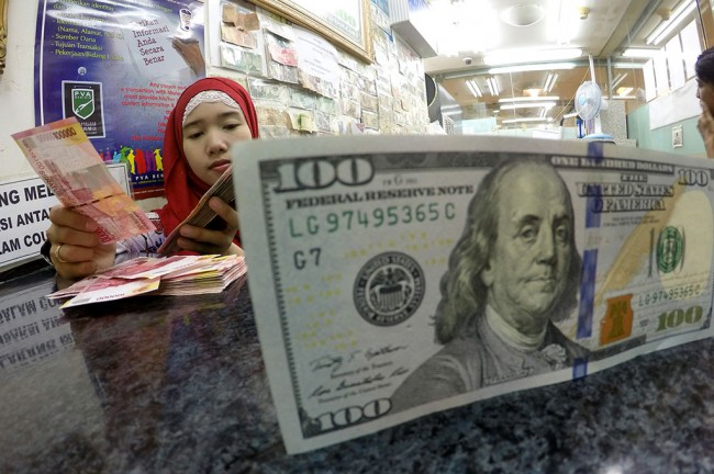Dolar AS Keok di Tengah Data Ekonomi Positif