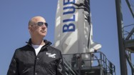 Jeff Bezos Jual Saham Amazon Demi Danai Blue Origin