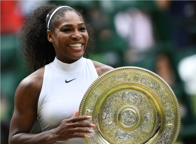 Serena Williams Hamil Lima Bulan