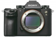 Kamera Mirrorless Sony A9 Siap Saingi Canon 1DX Mark II