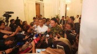 Anies Meets Ahok, Discusses Reconciliation