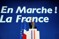 Macron, Le Pen Set for French Election Run-Off