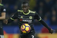 N'Golo Kante Raih Gelar <i>PFA Player of the Year</i> Musim Ini