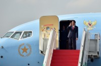 Jokowi Flies to Philippines