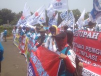 150.000 Buruh Siap Ikut <i>May Day</i>