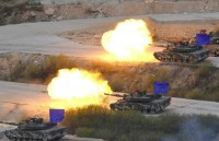 South Korea, US Conduct Military Drills Despite Pyongyang Threats