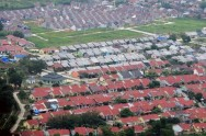 Govt to Build 120 Thousand Houses