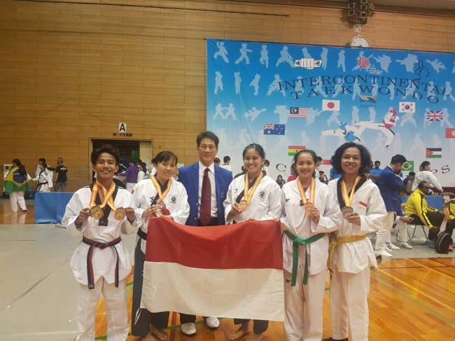 Tim Taekwondo UKDW Raih 6 Medali dalam The 15th Japan WATA Open International Taekwondo Championship