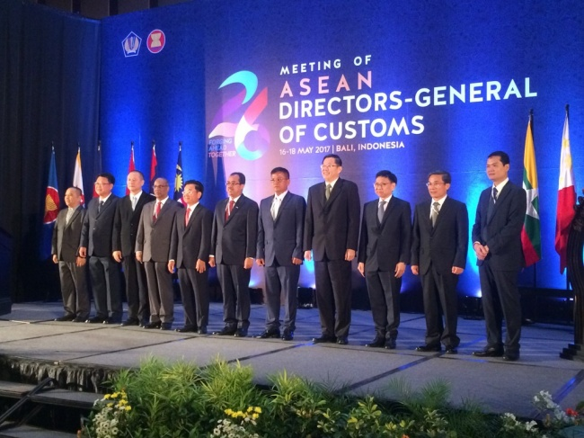 ASEAN Customs Directors General Gather in Bali