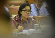 Sri Mulyani Discusses 2018 Budget Plan With Lawmakers