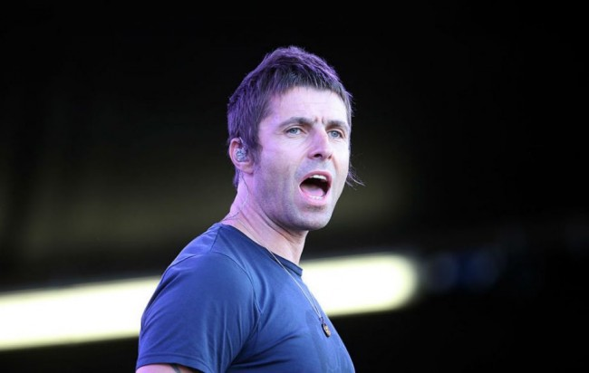 Liam Gallagher Rilis Singel Debut Solo, Wall of Glass