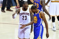 Cavaliers Tunda Pesta Warriors