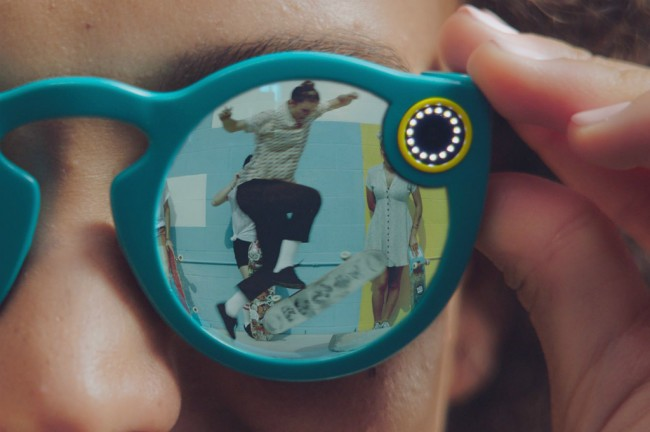 Snapchat Spectacles 2 Siap Dukung Augmented Reality?