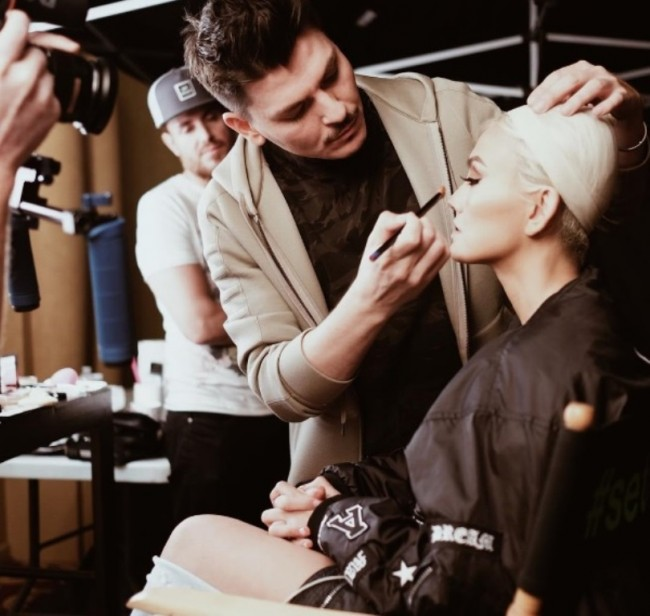 Agnez Mo Didandani Make Up Artist Papan Atas Hollywood Mario Dedivanovic