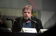 Mark Hamill dan Zoe Saldana Dianugerahi Hollywood Walk of Fame