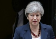 Struggling British PM Faces Confidence Vote