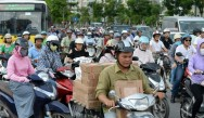 Hanoi to Ban Motorbikes by 2030 to Curb Pollution, Traffic