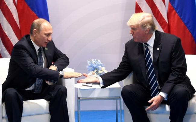 Trump, Putin Hold First Meeting in Protest-Marred G20 Summit