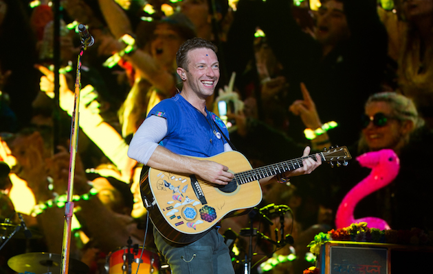 Coldplay Rilis Video Lirik Miracles (Someone Special)