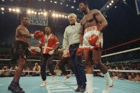 1989: Mike Tyson Pukul KO Carl Williams dalam 93 Detik