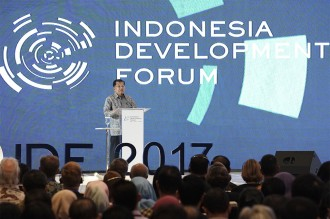 Jusuf kalla Buka Forum Indonesia Development