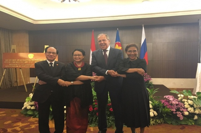 Lavrov Meets With ASEAN Secretary General