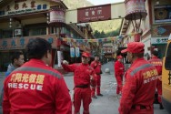 China Combs Through Quake Region for Victims