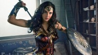 Wonder Woman Jadi Film DCEU Terlaris