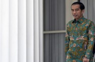 Jokowi  Meets with 10 Deans in State Palace