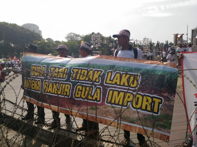 Sugarcane Farmers Hold Rally in Jakarta