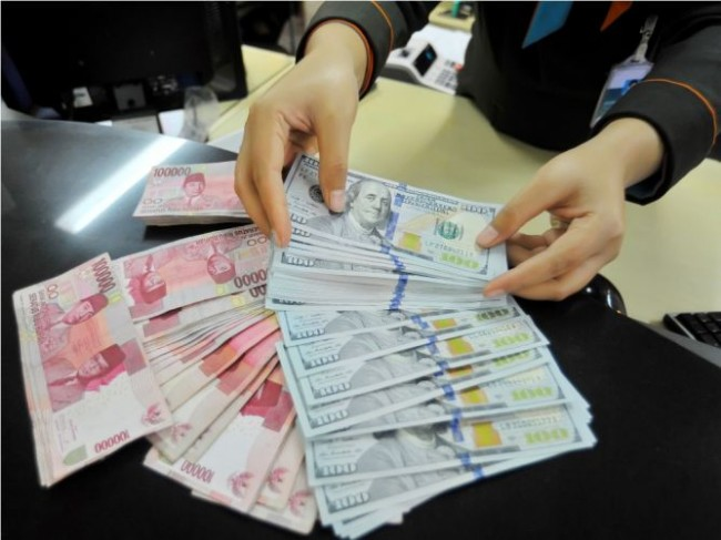 JISDOR Appreciates to Rp13338 Per Dollar