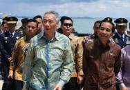 Jokowi dan Lee Hsien Loong Saksikan Joint Fly-Past di Marina Bay Cruise Center