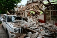 Race to Rescue Survivors of Mexico Quake as Storm Katia Strikes the East
