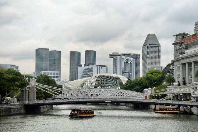 Five Crew Missing after Boat Collision Off Singapore