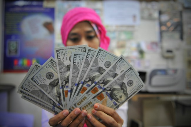 Dolar AS Terus Menguat